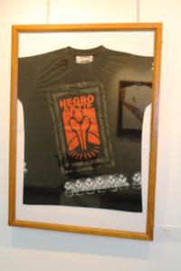 T-shirt Negro Aktif